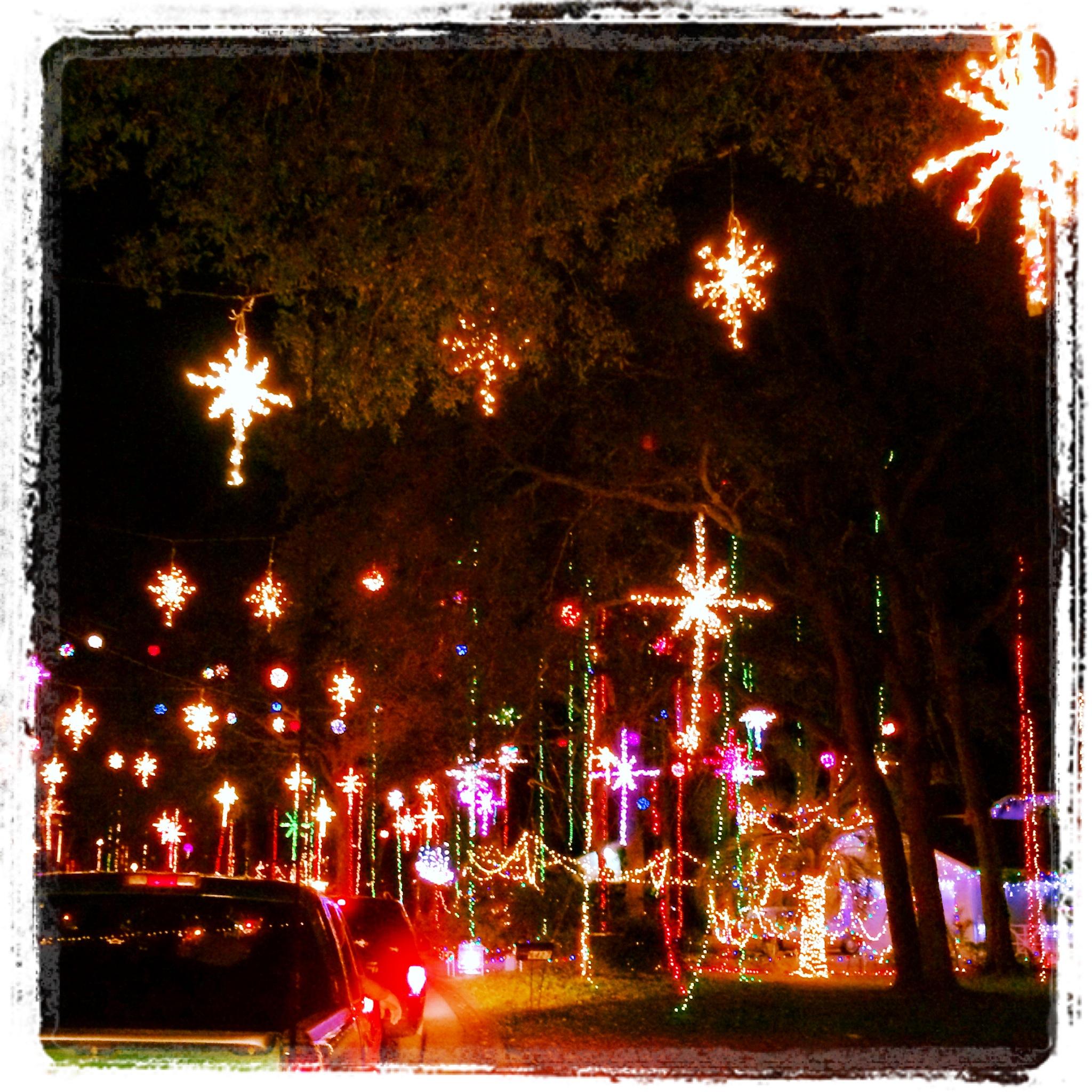 Tim Hamby | Blackhawk Bluff Christmas Lights, Jacksonville, FL